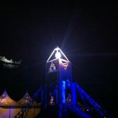 夜のピラミッドガーデン