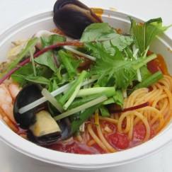 魚介と完熟トマトのスパゲッティ