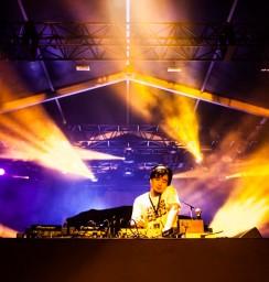 DJ TASAKA (ALL NIGHT FUJI)