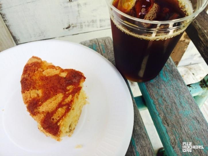アイスコーヒー&バナナケーキ