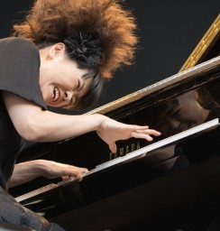 Hiromi The Trio Project feat. Anthony Jackson and Simon Phillips