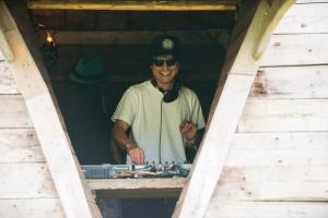 DJ/渡辺俊美