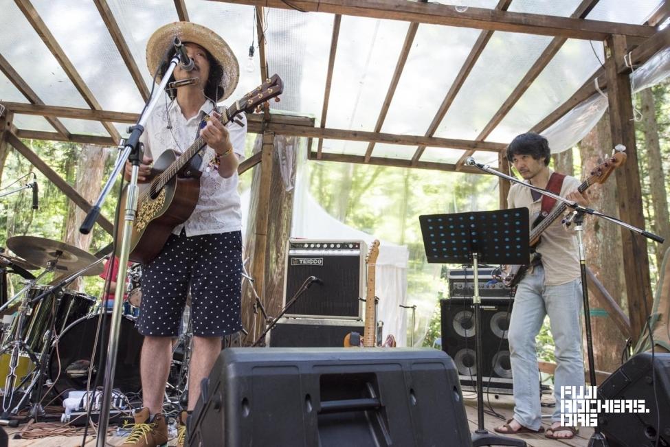 太陽バンド