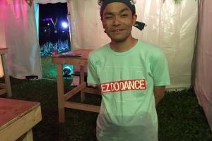TRFのTシャツ