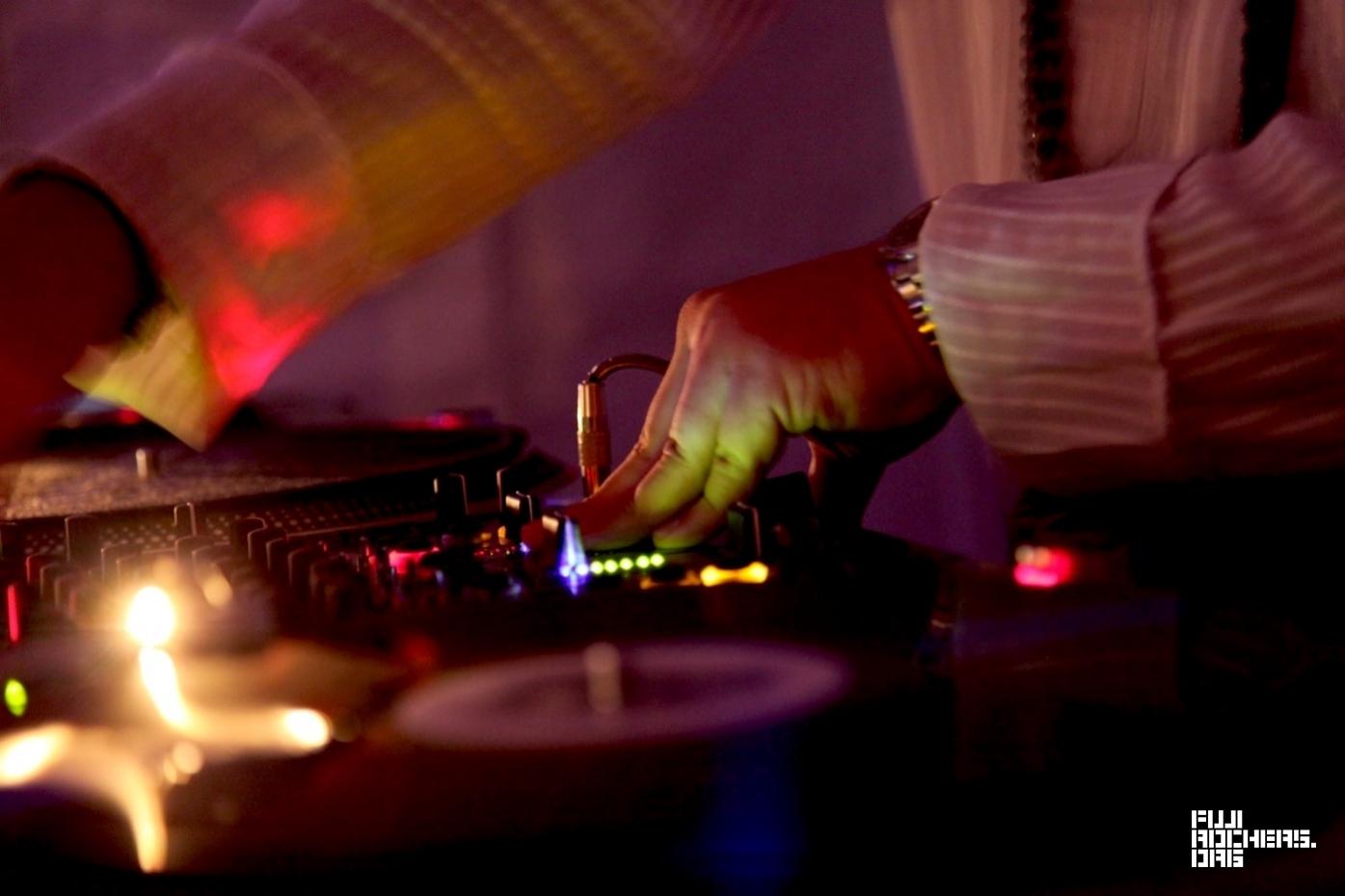 """DJ/SHACHO(SOIL&""""PIMP""""SESSIONS)"""
