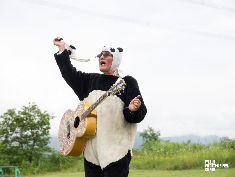 やっぱり会いたいギターパンダ